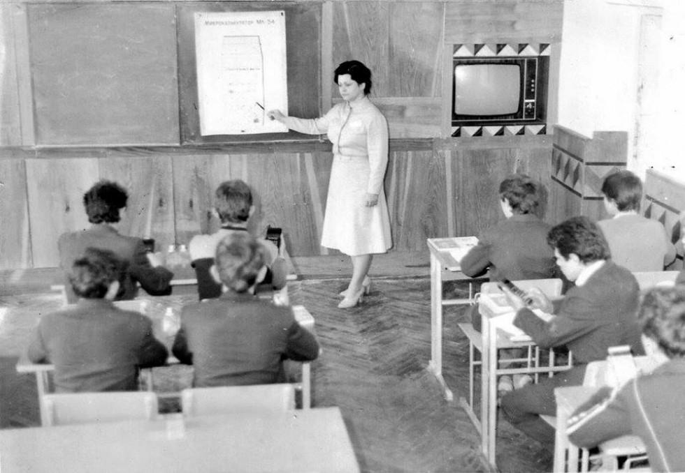 Маневицький професійний ліцей – один із наймолодших навчальних закладів професійно-технічної освіти на Волині