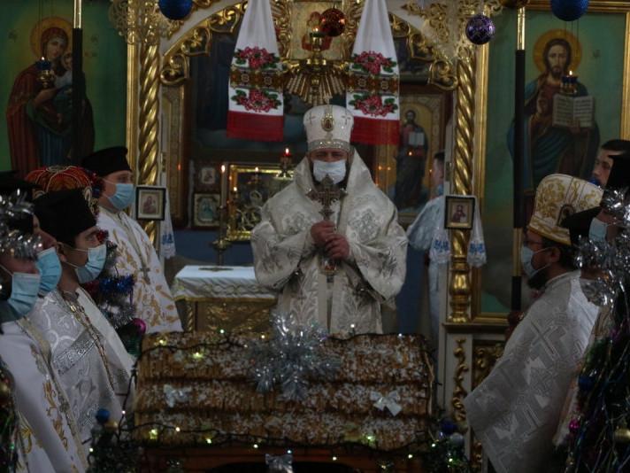 У третій день Різдва Христового митрополит Луцький і Волинський Михаїл відвідав парафію Різдва Пресвятої Богородиці вселі Борович