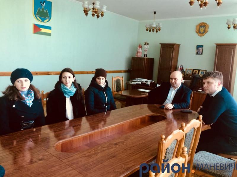 Маневичани поділились своїми проблемами із заступником голови ОДА