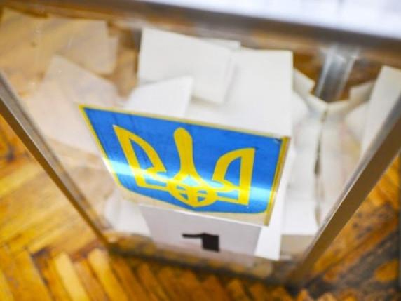 На 23 територіальному виборчому округу явка на вибори складає близько 15%