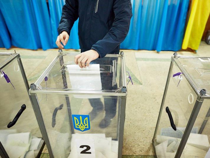 На 23 окрузі лідирує Петро Порошенко – ЦВК опрацювала 40% бюлетенів
