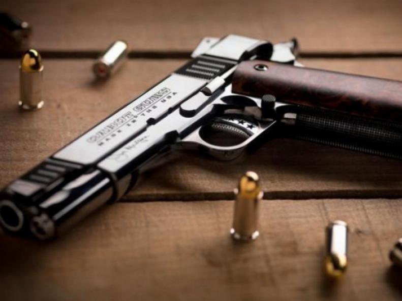 Жителів Маневиччини закликають здати незареєстровану зброю