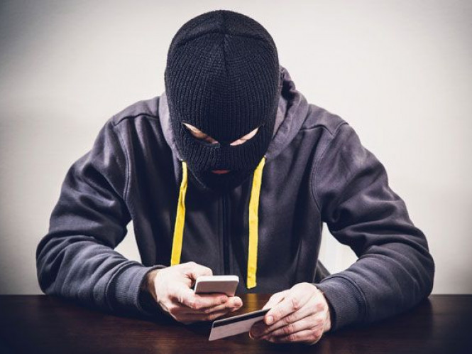 Маневичанам розповіли як не стати жертвами телефонних шахраїв