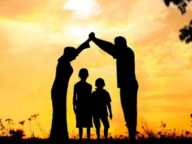 Маневичанам розповіли про батьківські обов'язки
