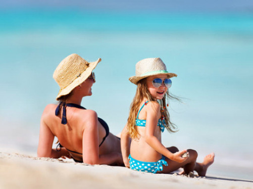 Як поїхати з дитиною за кордон без згоди другого з батьків
