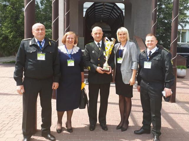 Маневицькі лісники найкраще в Україні дбають про безпеку праці