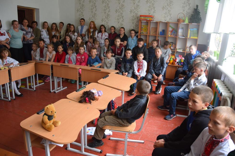 На Маневиччині лісники провели урок школярам