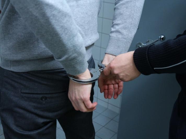 Жителів Маневицького району попередили про покарання за «наркозлочини»