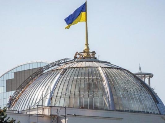 Партія Порошенка обходить Опозиційну платформу