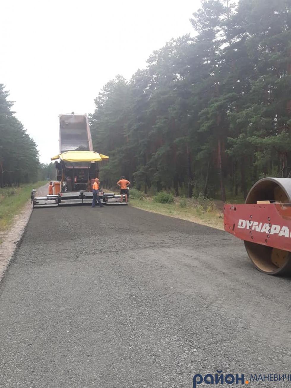 Де і коли ремонтуватимуть дорогу на Маневиччині