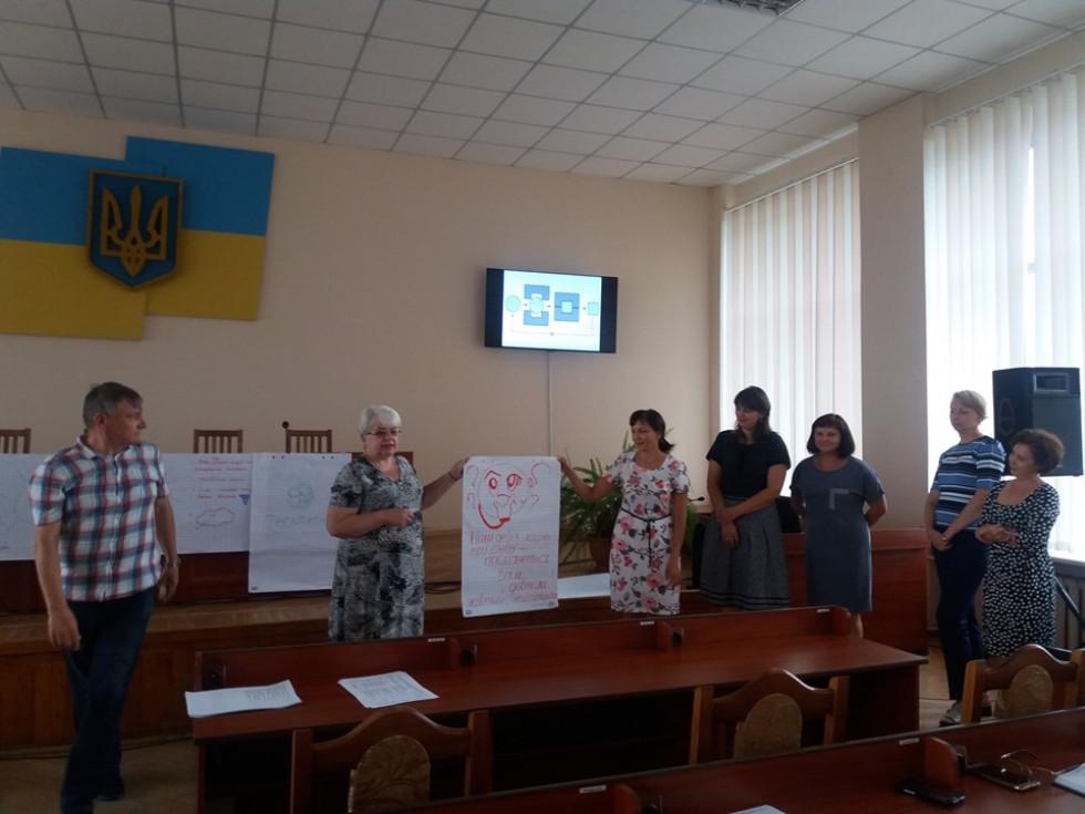 У Маневичах державних службовців вчили вирішувати конфліктні ситуації