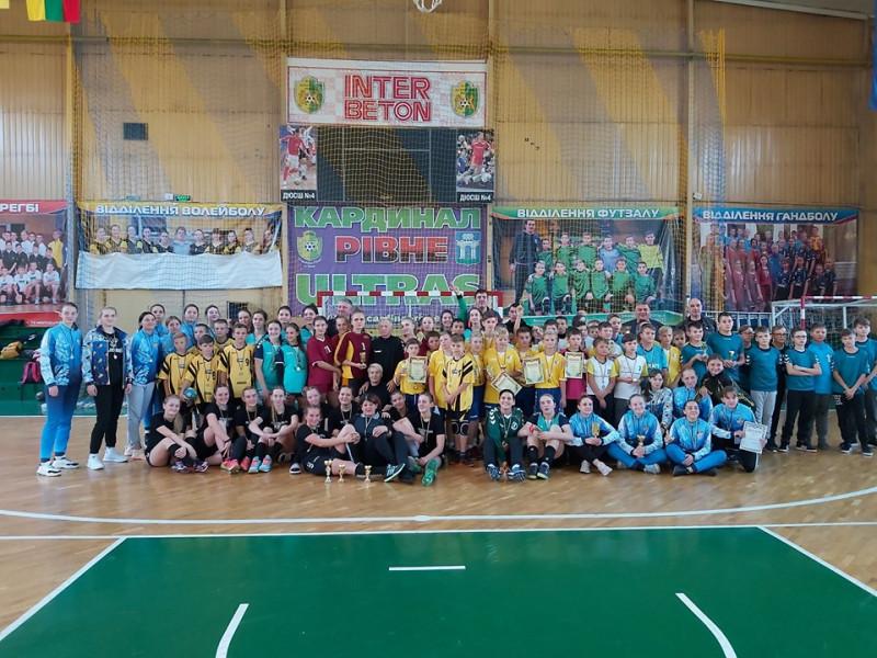 Маневичани здобули перемогу у міжнародному турнірі з гандболу