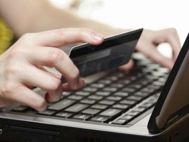 Маневичан застерігають бути обачними при оформленні покупок через інтернет