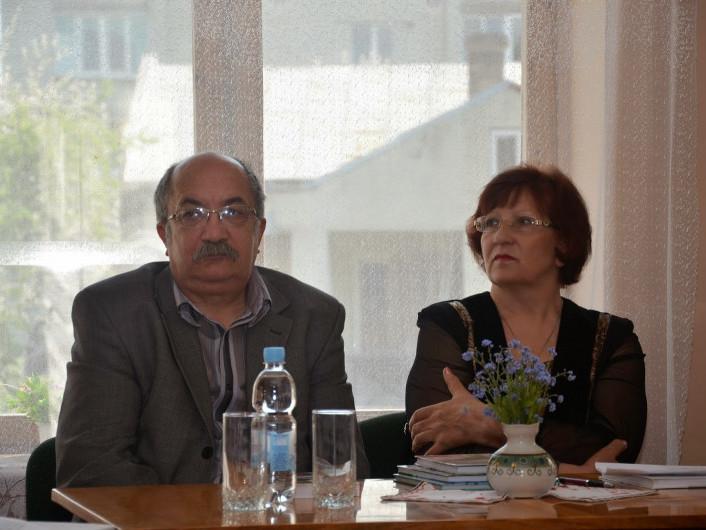 Маневичан запрошують на зустріч із подружжям письменників