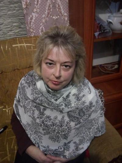 Волинянка просить допомоги у боротьбі з важкою недугою