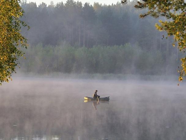 Маневичанин поділився особливостями осінньої риболовлі