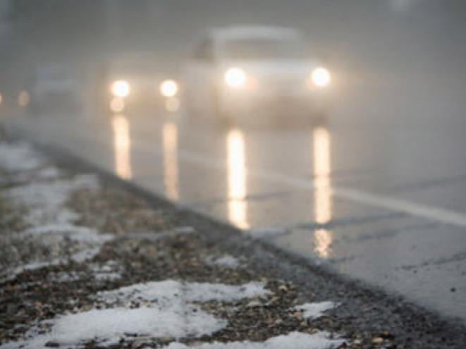 Маневичан попереджають про ожеледь і погану видимість на дорогах
