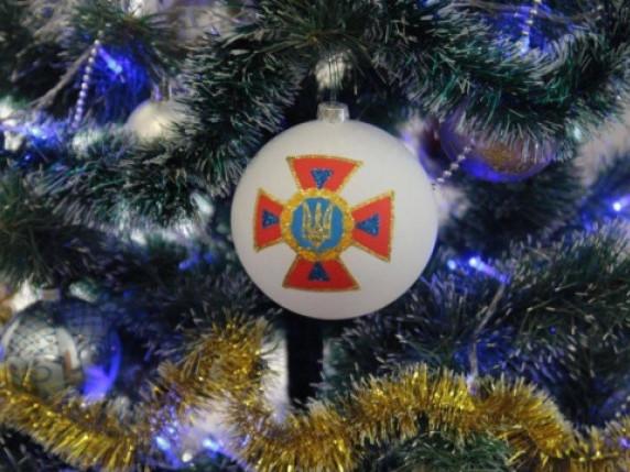 Маневичанам нагадали про правила безпеки під час різдвяних свят