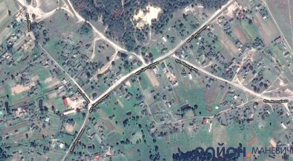 Село Замостя