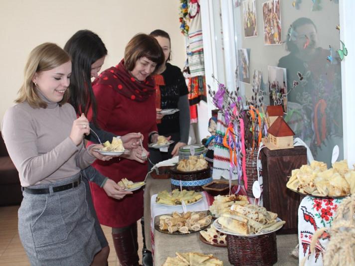 Маневичан запрошують благодійний ярмарок «Щедра Масниця»
