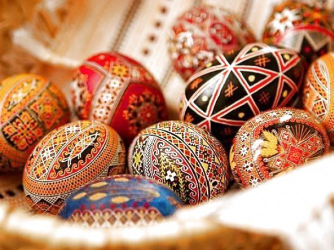 В Україні визначили порядок святкування Великодня та освячення пасхальних кошиків