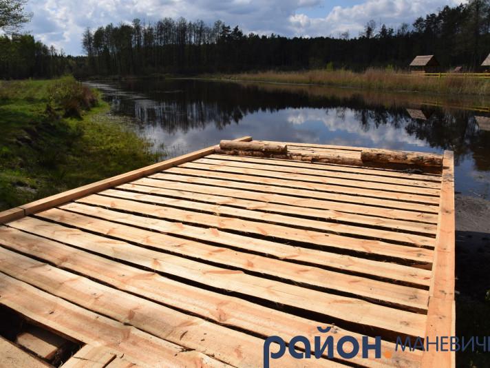 На водоймах Маневиччини облаштували під'їзні дерев'яні протипожежні пірси