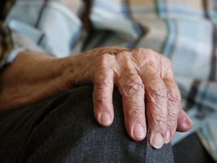 У Маневицькому районі винесли вирок чоловікам, які пограбували пенсіонера