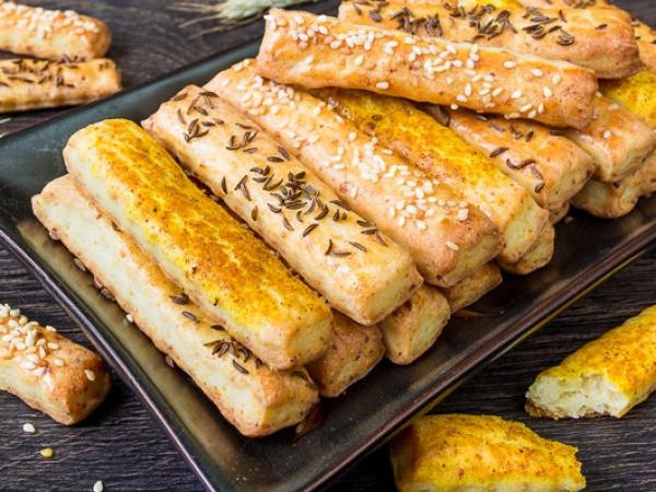 Рецепт сирних паличок від кухарки