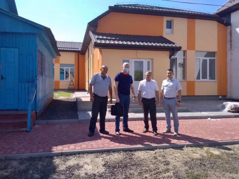 Керівники району навідались у Прилісненську громаду