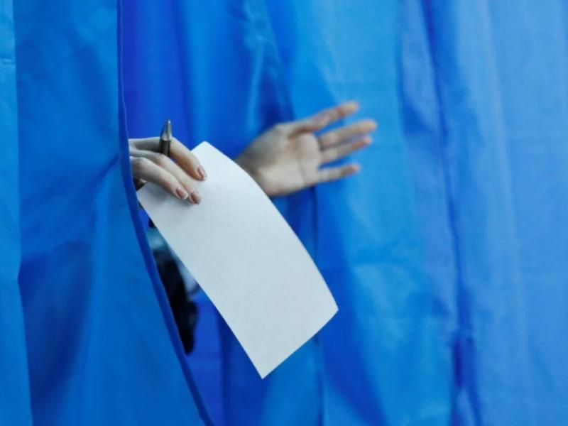 Вибори і коронавірус: як голосуватимуть українці під час пандемії
