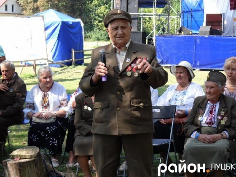 Антон Косюк