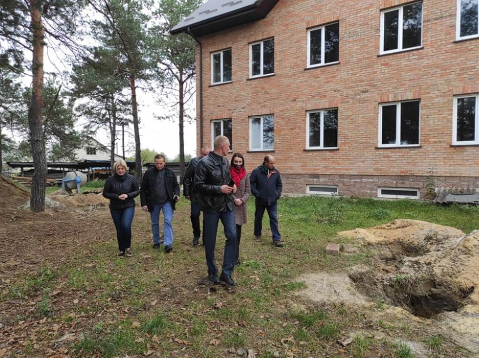 Ірина Геращенко побувала на будівництві Маневицького будинку для літніх людей
