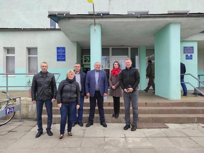 Народна депутатка відвідала Маневицьку поліклініку