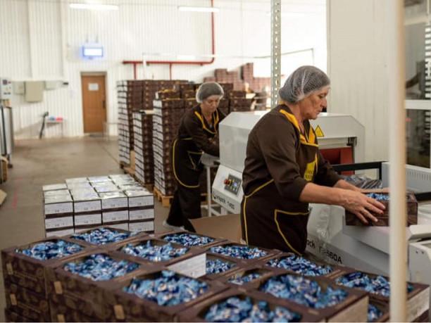 Ірина Констанкевич обговорила співпрацю з керівництвом фабрики «Шокобум»