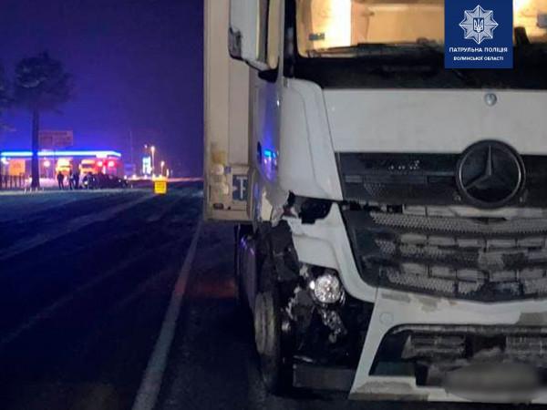 На Маневиччині у дорожньо-транспотній пригоді зіткнулись Opel та Mercedes