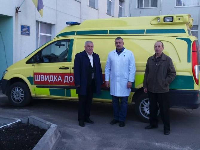 У Маневицьку лікарню придбали спецавтомобільза понад півмільйона гривень
