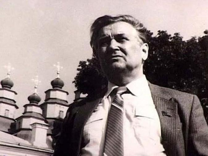Олець Гончар, письменник, літературний критик, громадський діяч, Герой Соціалістичної Праці, Герой України