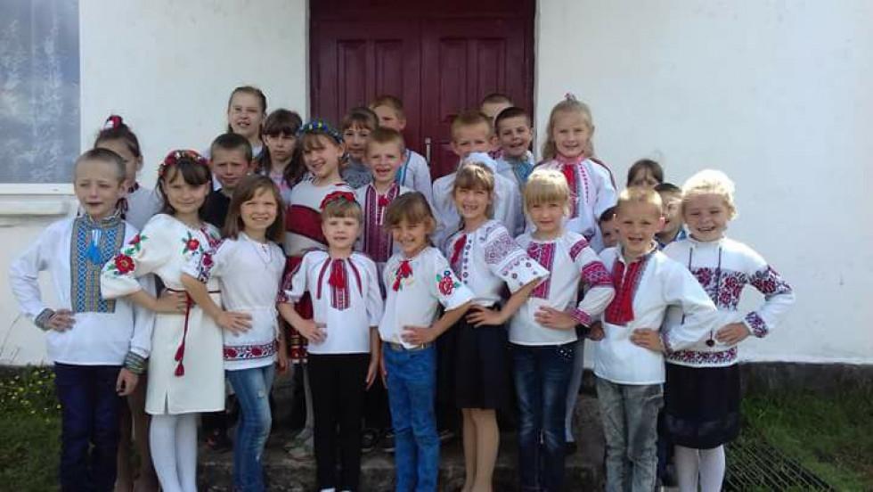Школа в селі Хряськ