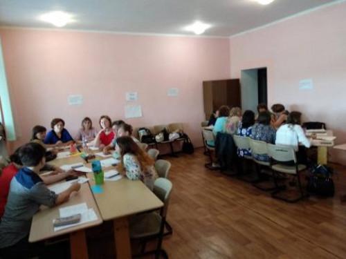Тренінги для вчителів англійської мови, які навчатимуть учнів 1 класу