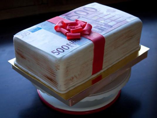Маневицький календар: 30 червня день народження святкують секретар сільської ради та екс-сільський голова