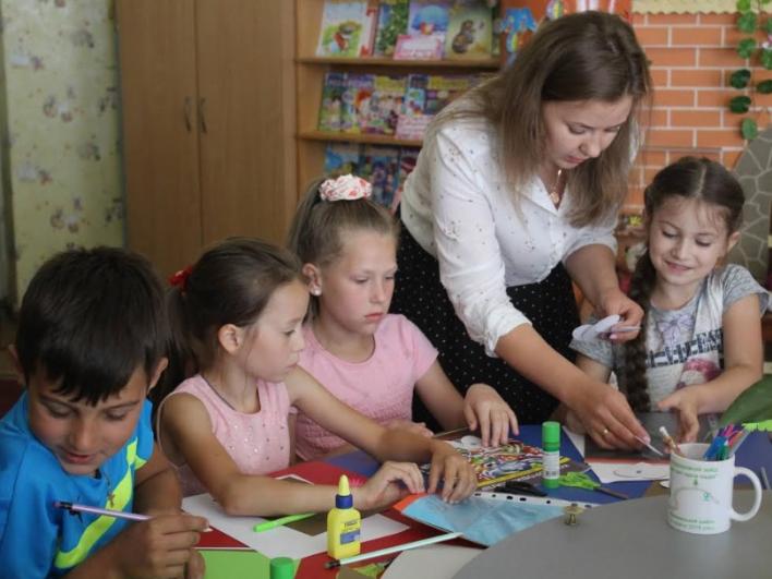 Відбулась чергова зустріч у подвір'ї «Бібліодворика» на території Маневицької дитячої бібліотеки