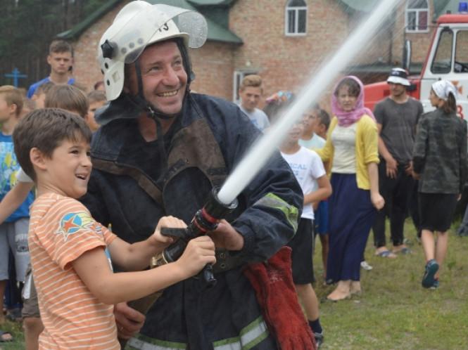 Маневицькі рятувальники провели акцію «Запобігти. Врятувати. Допомогти»
