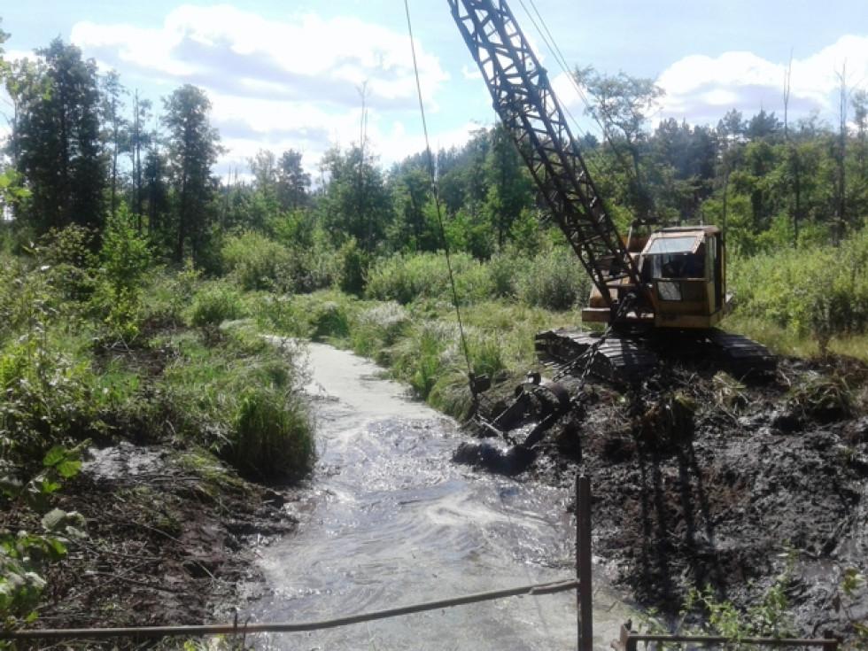 У Прилісненській громаді покращують  гідрологічний стан озера Глибоке