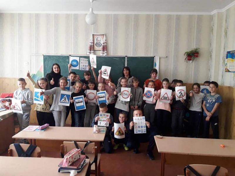 У Маневичах провели профілактичний захід «Безпечна дорога до школи»
