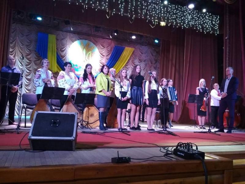 У Маневичах провели концерт «Присяги юного музиканта»