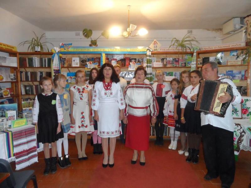 У Великій Яблунці організували годину краєзнавства «Люби і знай свій рідний край»