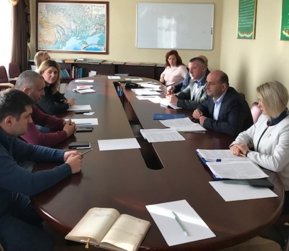 «Євробляхи» не треба вивозити з України, щоб розмитнити, – митники
