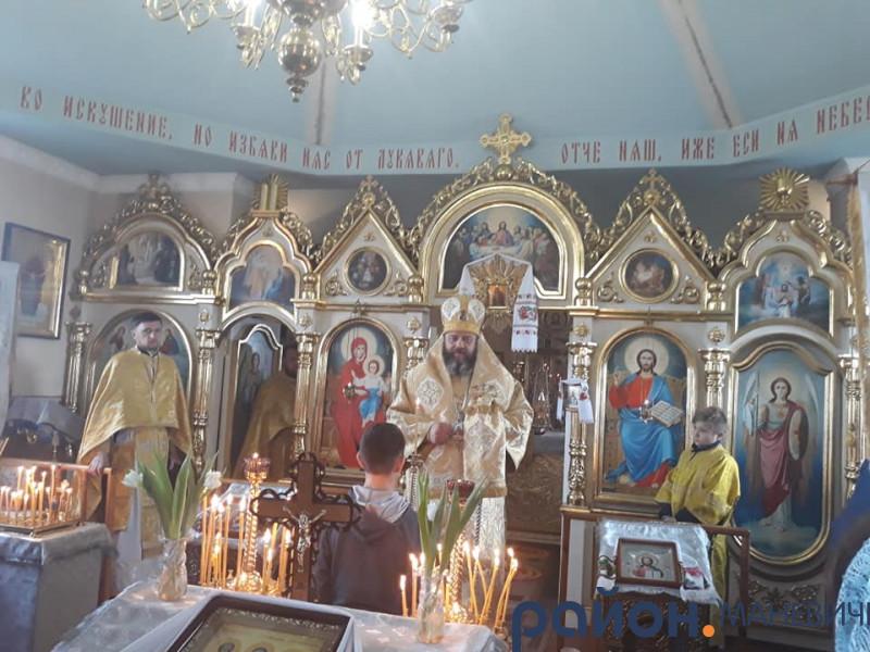 У Тельчах провели богослужіння українською мовою