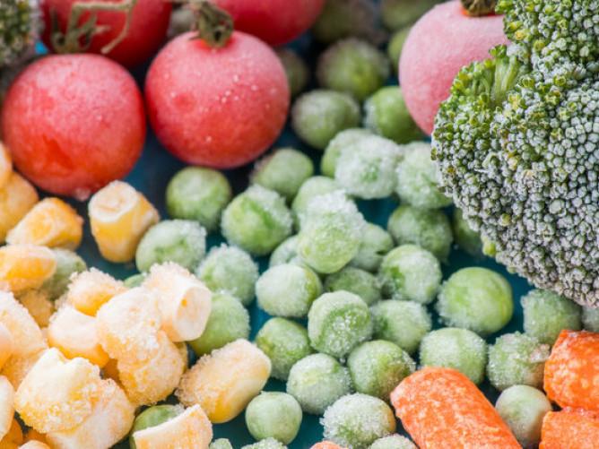 Запаси на зиму: 12 продуктів, які обов'язково потрібно заморозити