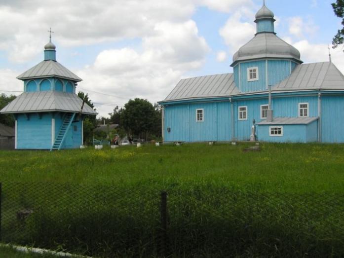 Духовній святині Маневиччини виповнюється 300 років